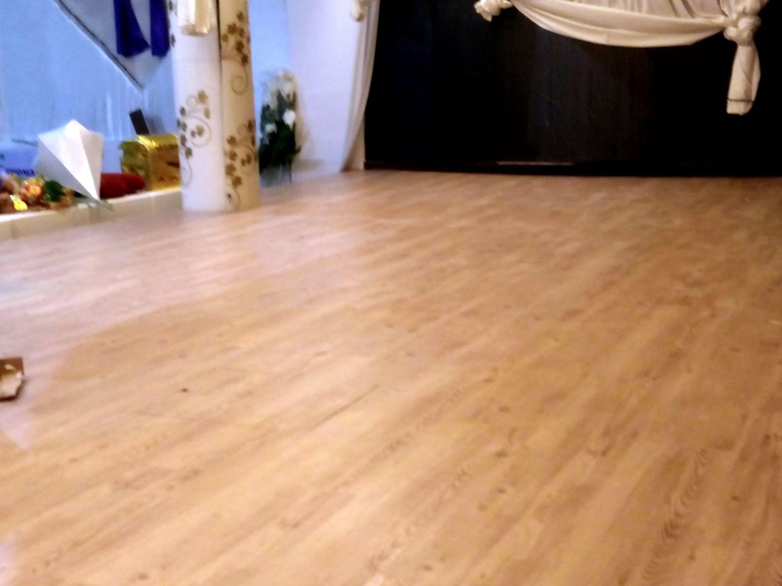 Jasa Pemasangan Lantai Vinyl pusat jual lantai kayu